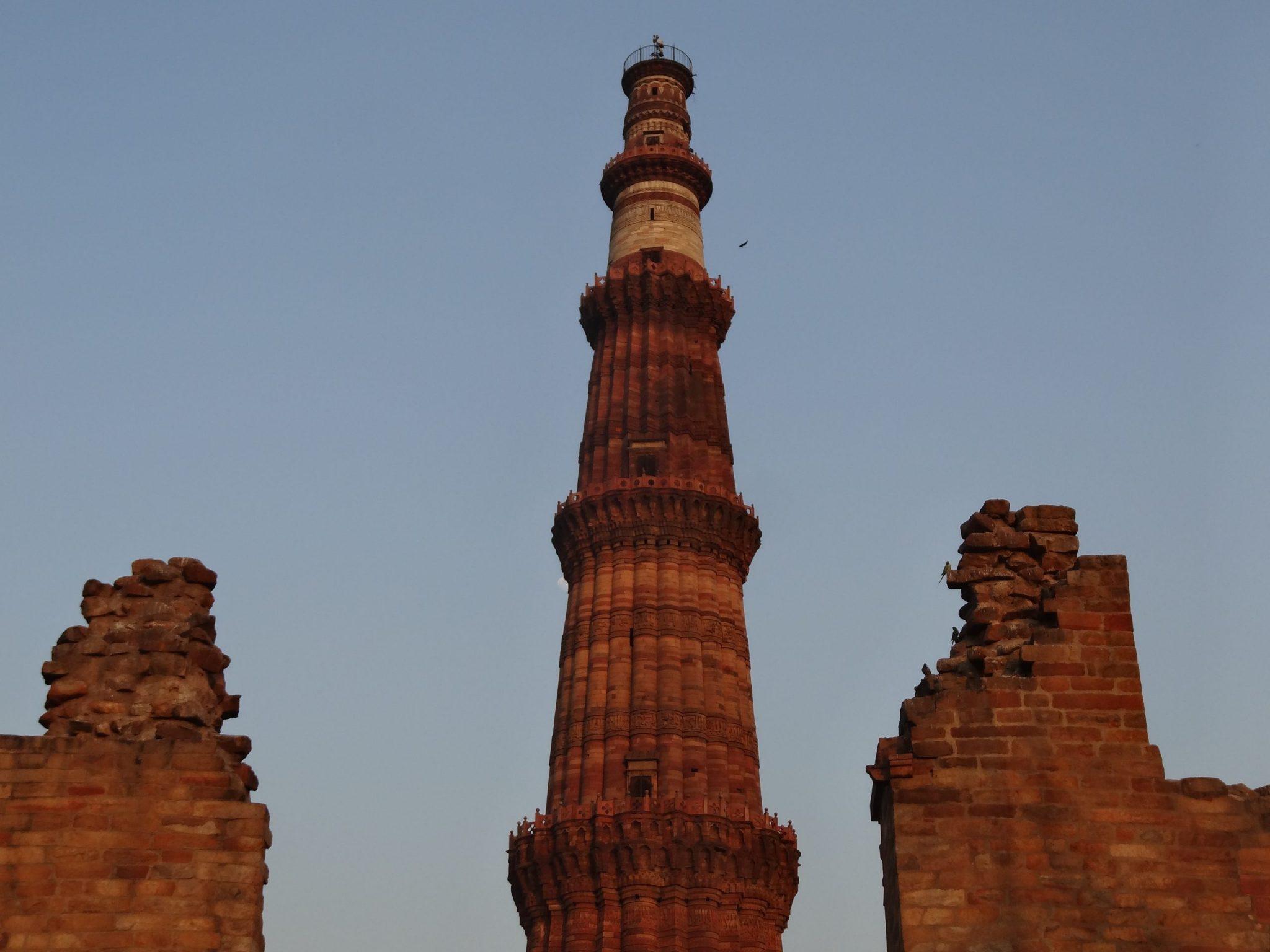 delhi-North-India-qutub-minar